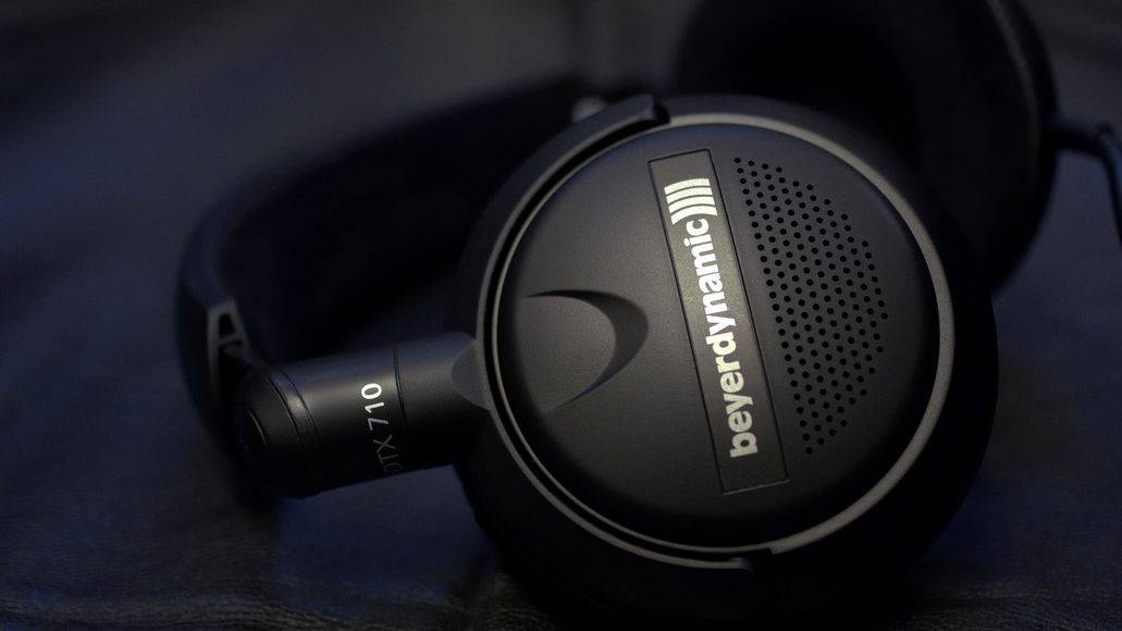 Vinyl headphones from Beyerdynamic